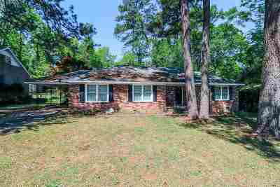 Warner Robins Single Family Home For Sale: 303 Clairmont Drive