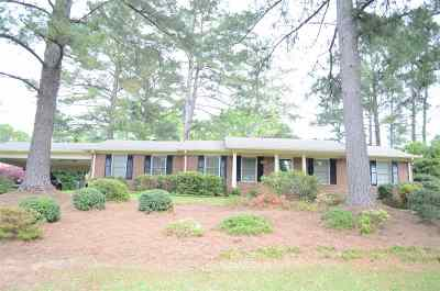 Macon Single Family Home For Sale: 1443 Lake Valley Road