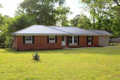Macon Single Family Home For Sale: 7153 Benjie Drive