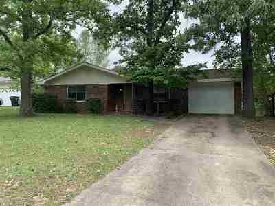Warner Robins Single Family Home For Sale: 218 Burns