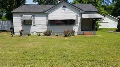 Warner Robins Single Family Home For Sale: 209 Peachtree Circle