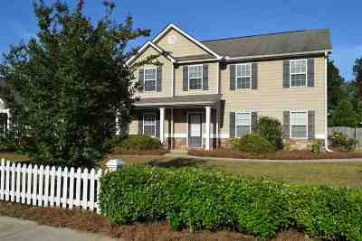 Perry Single Family Home For Sale: 300 Charles Gray Boulevard