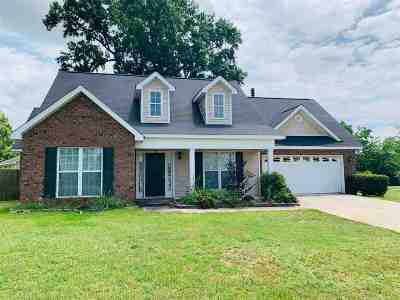 Single Family Home For Sale: 503 Myles Lane