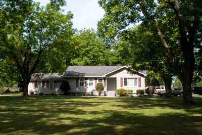Single Family Home For Sale: 1612 Walker Road