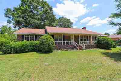 Macon Single Family Home For Sale: 6624 Fran Drive