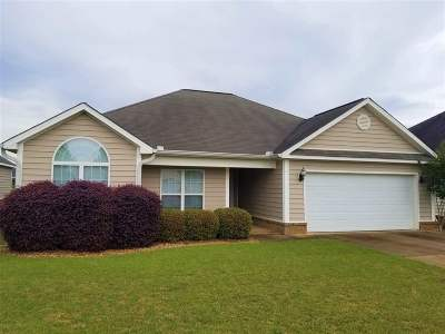 Warner Robins Single Family Home For Sale: 204 Apple Court
