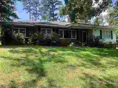 Single Family Home For Sale: 2538 Old Holton Road