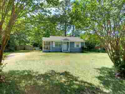 Perry Single Family Home For Sale: 615 Woodland Drive