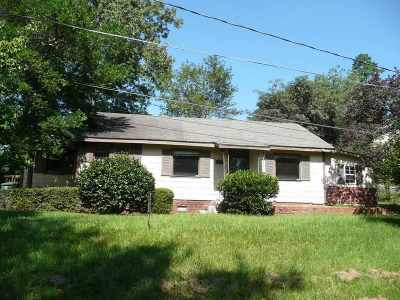 Macon Single Family Home For Sale: 2750 Lakeshore Drive