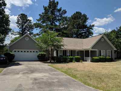 Warner Robins Single Family Home For Sale: 108 Woodfield Drive