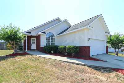 Warner Robins Single Family Home For Sale: 320 Laurel Woods Drive