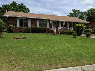 Warner Robins Single Family Home For Sale: 104 Cypress Drive