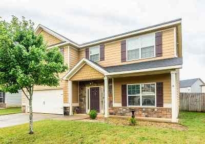 Single Family Home For Sale: 114 Broomsedge Lane