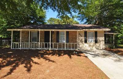 Warner Robins Single Family Home For Sale: 211 Stratford Drive