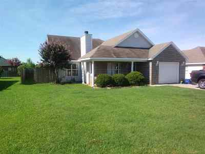 Warner Robins Single Family Home For Sale: 113 Wembley Drive