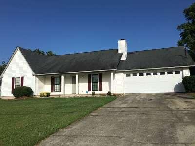 Single Family Home For Sale: 117 Beechwood Drive