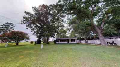 Macon Single Family Home For Sale: 2904 Holly Bluff Road