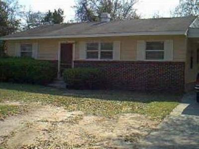 Warner Robins Single Family Home For Sale: 215 Ruzzelle Street