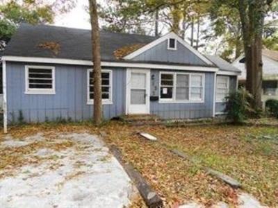 Warner Robins Single Family Home For Sale: 132 Vernon Street