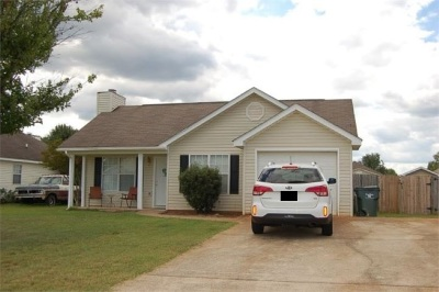 Warner Robins Single Family Home For Sale: 111 Haverhill Circle