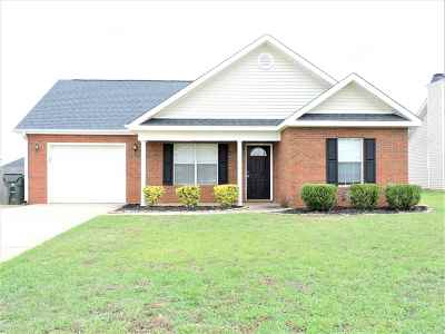 Warner Robins Single Family Home For Sale: 211 Stirling Bridge Drive