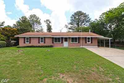 Warner Robins Single Family Home For Sale: 212 Laverne Dr