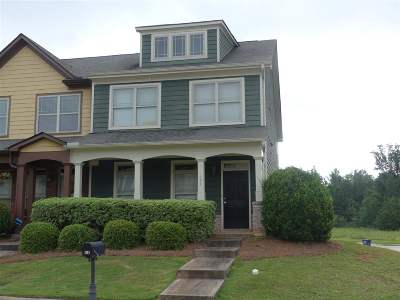 Macon Single Family Home For Sale: 151 Cold Creek Parkway