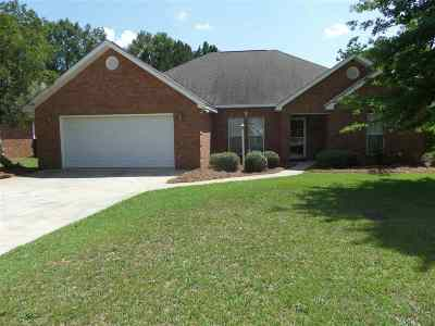 Kathleen Single Family Home For Sale: 102 Canary Circle