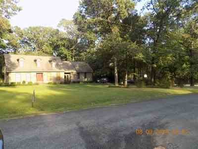 Macon Single Family Home For Sale: 6536 Lynndale Drive