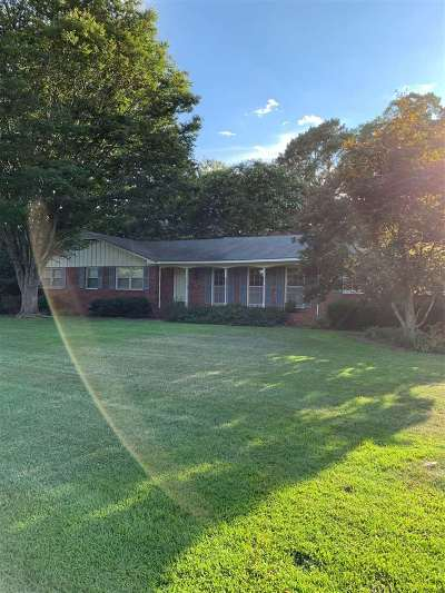 Fort Valley Single Family Home For Sale: 371 Peggy Drive
