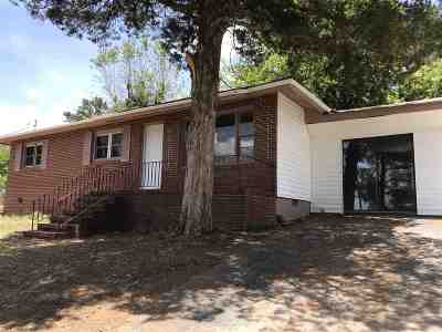 Macon Single Family Home For Sale: 1582 Stratford Circle