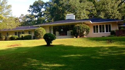 Monroe County Single Family Home For Sale: 222 Country Club Drive