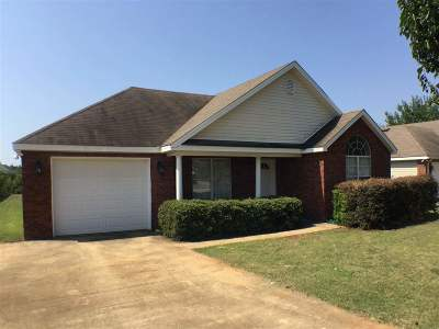 Warner Robins Single Family Home For Sale: 115 Wembley Drive
