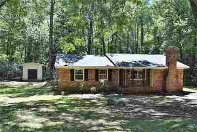 Macon Single Family Home For Sale: 1138 Lake Valley Rd