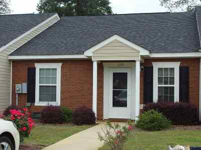 Perry Rental For Rent: 119 Kingston Village Drive