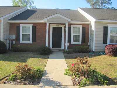 Perry Rental For Rent: 105 Kingston Village Drive