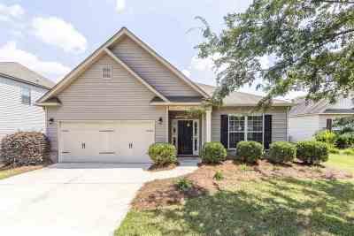 Single Family Home For Sale: 105 Abelia Lane