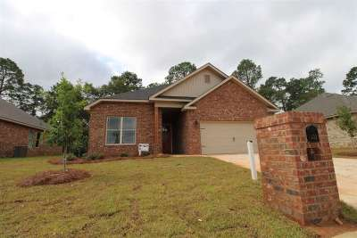 Perry Single Family Home For Sale: 430 Legacy Park Drive
