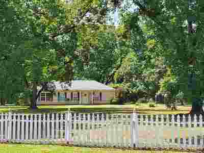 Fort Valley Single Family Home For Sale: 248 Clopine Lake Road