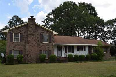 Macon Single Family Home For Sale: 6652 Fran Drive
