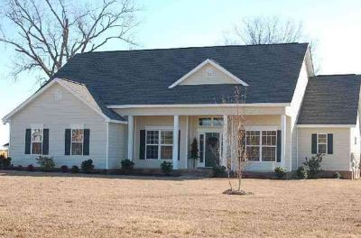 Bonaire Single Family Home For Sale: 2002 Hiwassee Drive