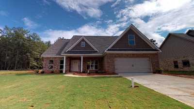 Macon Single Family Home For Sale: 1006 Marion Oaks Drive