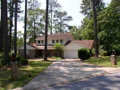 Rental For Rent: 100 Colonial Oaks