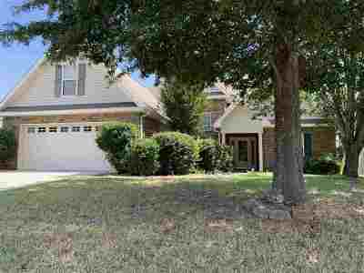 Single Family Home For Sale: 220 Bowens Mill Drive