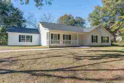 Perry Single Family Home For Sale: 1021 Wf Ragin Dr