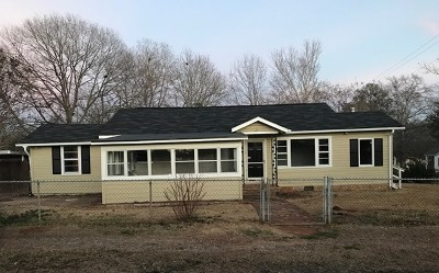 Hamilton GA Single Family Home For Sale: $84,900