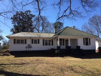 Hamilton GA Single Family Home For Sale: $126,900