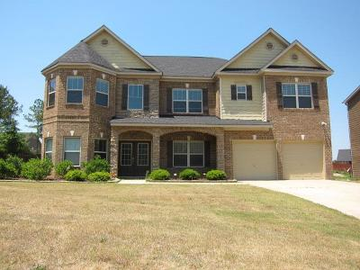 Russell County, Lee County Single Family Home For Sale: 61 Riverside Landing