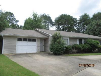 Russell County, Lee County Condo/Townhouse For Sale: 2115 Henderson Drive