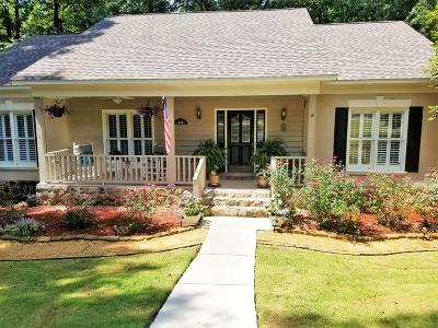Liberty Hall Single Family Home For Sale: 6 Minuteman Court